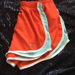 Nike Dri-Fit Ladies Short Size S
